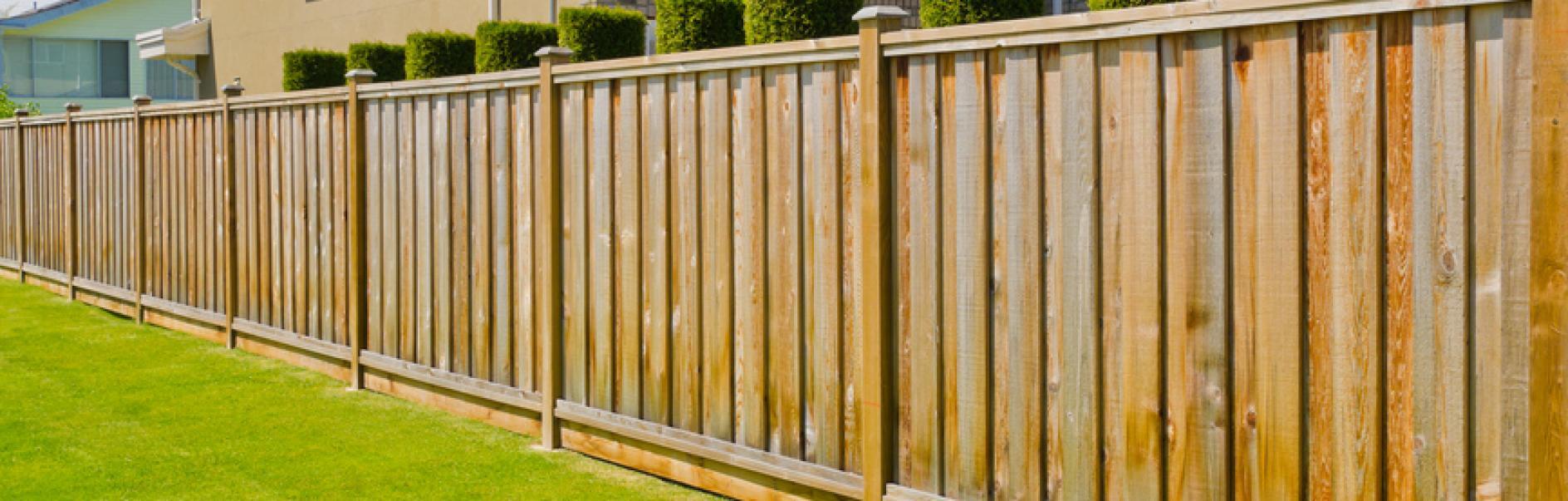 Bauen Sie Ihren eigenen Zaun oder Sichtschutz